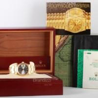 Rolex Oyster Perpetual Date Ref. 15238